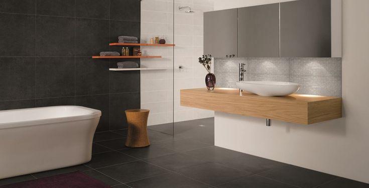 Einrichtung badezimmer in schwarz-weiß optik
