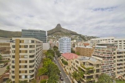 A little bit of English style adds charm to this Cape Cod inspired apartment. Sensational views. This unique apartment comprises of 2 beds & 3 bathrooms. Main bedroom has a his and hers bathroom and leads out onto a balcony with ocean views of Bantry Bay Cove.