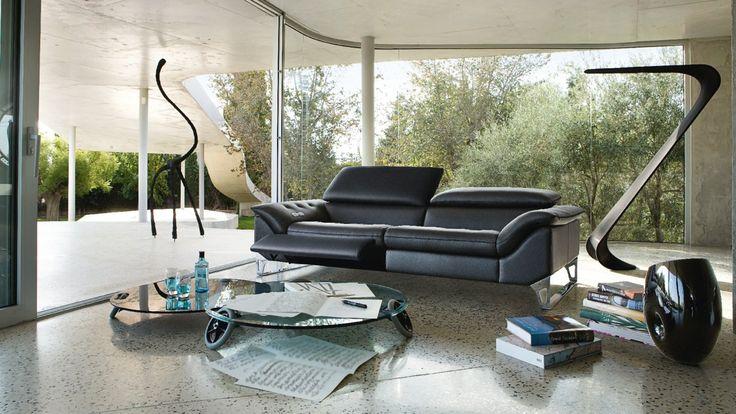 cin tique sofa sacha lakic design for roche bobois. Black Bedroom Furniture Sets. Home Design Ideas
