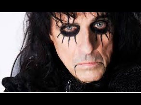 """Alice Cooper discovers Andy Warhol painting 'rolled up in a tube'   US rock legend Alice Cooper has found an Andy Warhol painting in a storage locker after almost 40 years.  The singer says that he had forgotten about the painting titled Little Electric Chair which was given to him as a gift in the 1970s. """"It was a rock 'n' roll time none of us thought about anything"""" Cooper's manager Shep Gordon told BBC Radio 5 live Cooper's painting was discovered """"rolled up in a tube"""" in a locker along…"""