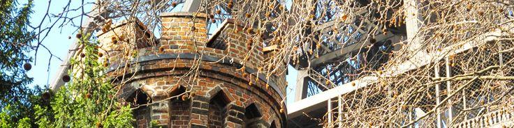 PARIS : Saviez vous que la Tour Eiffel avait une cheminée ? oui, oui, une cheminée... PCPL vous la fait découvrir. www.parciparla.fr