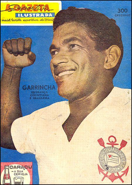 Garrincha começou a passar por maus momentos na carreira depois de 1963. Ele sofria constantemente por conta de uma artrose nos joelhos e também pelo vício em bebida. Ficou no Botafogo até 1965 quando se transferiu para o Corinthians. No clube paulista, não brilhou, e começou a vagar por várias equipes: Portuguesa Carioca, Atlético Júnior (COL), Flamengo e Olaria, onde iria encerrar a carreira, em 1972.