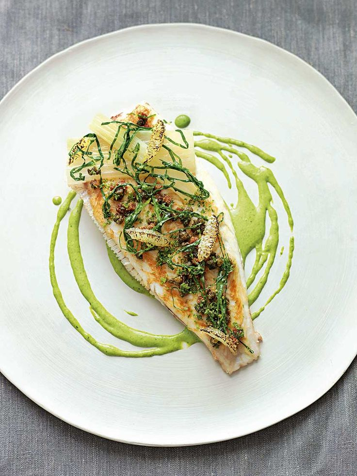 Lemon sole with parsley sauce