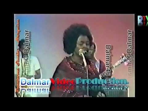 ▶ Xareedo Ismaciil - Duniya (Classic) - YouTube