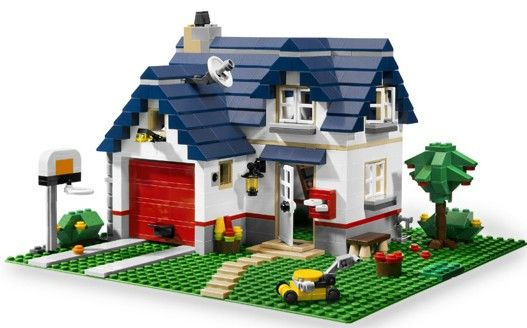 LEGO Apple Tree House