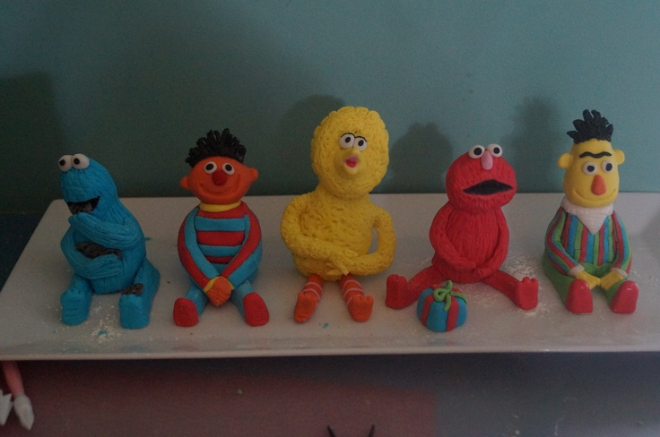 Handmade Sesame Street characters for a 1st birthday cake