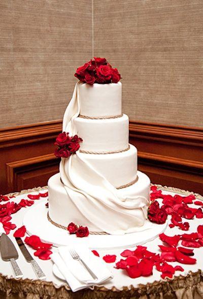Black White Wedding Cakes Red Roses