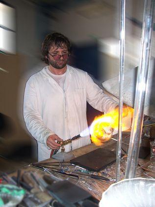 Viero Pietro (Myver): Lavorazione del vetro a mano ed a soffio - Molvena (VI)