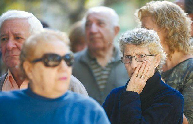 Movilidad jubilatoria   De cuánto será la jubilación mínima a partir de marzo  Anses oficializó hoy los nuevos haberes jubilatorios que regirán a partir del mes que viene con el 571% de aumento fijado por la nueva ley de movilidad jubilatoria.  La Administración Nacional de la Seguridad Social (Anses) oficializó hoy los nuevos haberes jubilatorios que regirán a partir de marzo con el 571% de aumento fijado por la nueva ley de movilidad jubilatoria.  De esta forma con el primero de los cuatro…