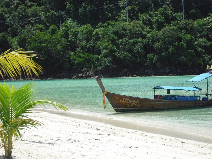 Phi Phi Island beach resort, so beautiful