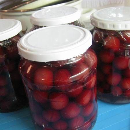 Cseresznyebefőtt és kovászos uborka - 9 hasznos recept befőzéshez | Mindmegette.hu