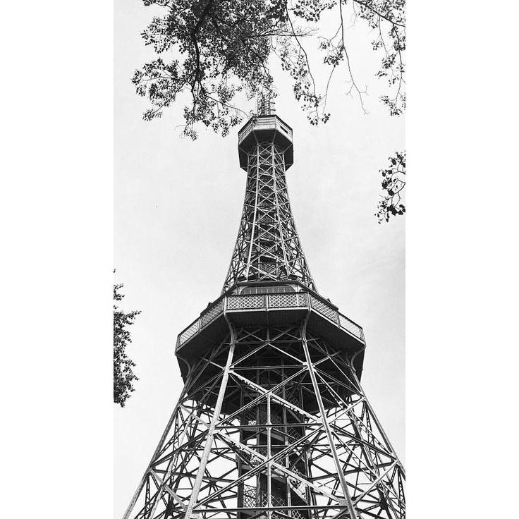 Petřín Lookout Tower in Prague.  Zobrazit tuto fotku na Instagramu od uživatele @michaelavavrin • To se mi líbí (179)