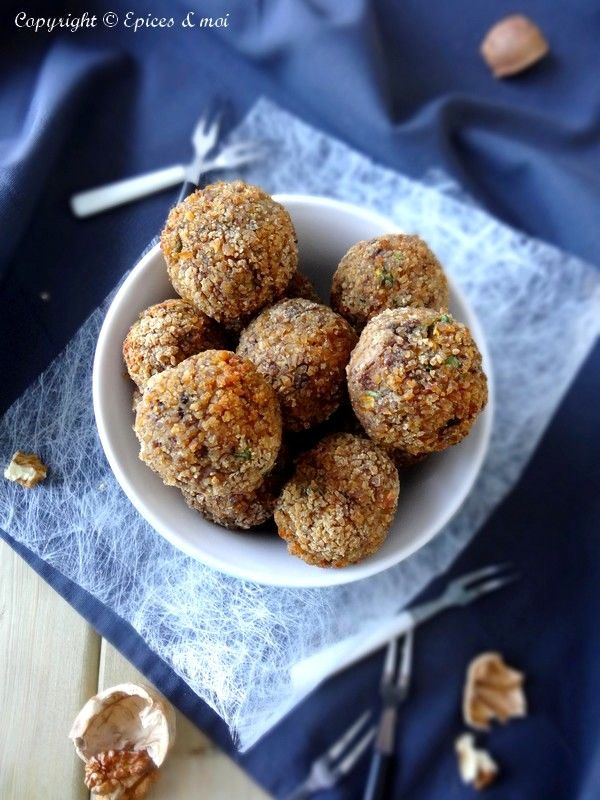 Boulettes automnales végétales { Butternut, champignons et châtaigne } on http://www.epicesetmoi.be