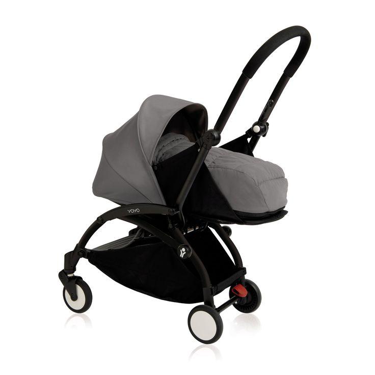 La poussette Babyzen Yoyo+ va révolutionner votre façon de vous déplacer avec bébé ! La poussette Yoyo+ se plie et se déplie très facilement, extrêmement compacte une fois pliée elle se glisse partout et vous accompagne même dans l'avion en bagage cabine. Son Hamac nouveau-né peut s'allonger complètement vous permettant d'avoir bébé face à vous dès la naissance. Grâce à son harnais 5 points et à sa capote avec protection solaire UPF 50 vous pouvez promener votre enfant en toute sé...