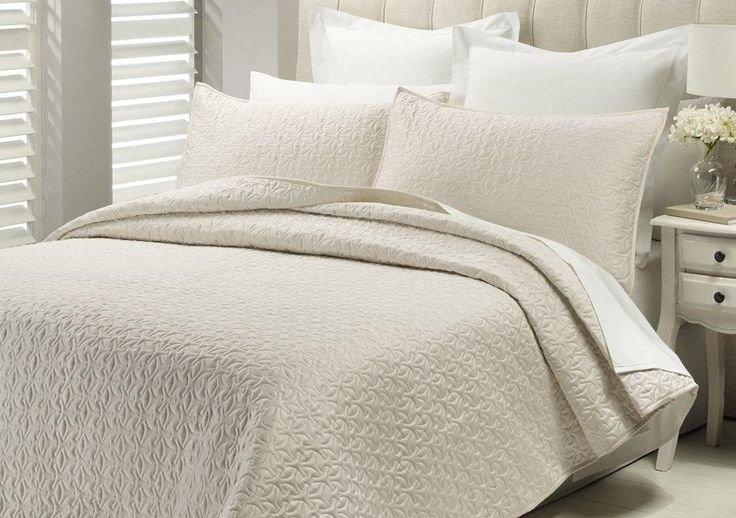 sateen+silver+bedspread+king+size   ... this elegant 3 pc savoy coverlet or comforter set by lux rrp is $ 213