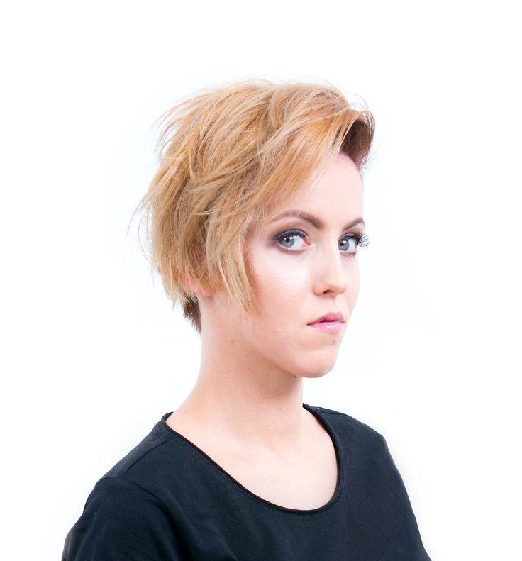 Strzyżenie w sekcji podkowy z wykorzystaniem techniki undercuting'u oraz koloryzacja dualna - Strzyżenie damskie z koloryzacją | STEP4HAIR  #ombre #ombrehair #hair #fashion #2016 #hairdressing #spring #summer