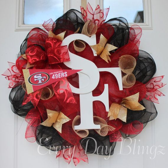San Francisco 49ers Wreath, Football wreath, burlap wreath, deco mesh wreath. I wonder if I can make this! ??? @britt