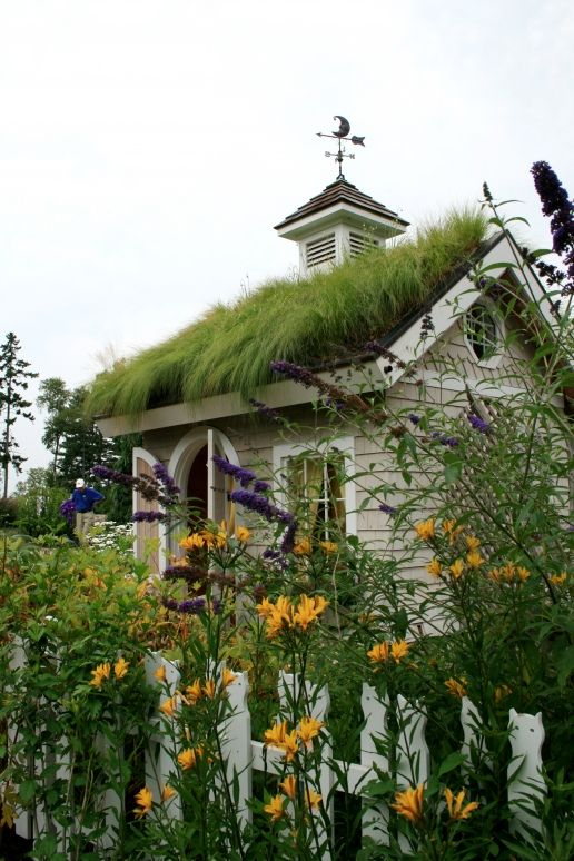 Keeper's Cottage in the Children's Garden - Coastal Maine Botanical Garden / Green roof / Tiny house / The Green Life <3