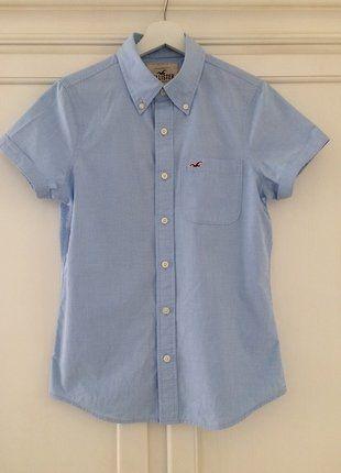 Kaufe meinen Artikel bei #Mamikreisel http://www.mamikreisel.de/kleidung-fur-jungs/kurzarm-hemden/36236684-hellblaues-kurzarm-hemd-von-hollister-mit-geknopftem-kragen
