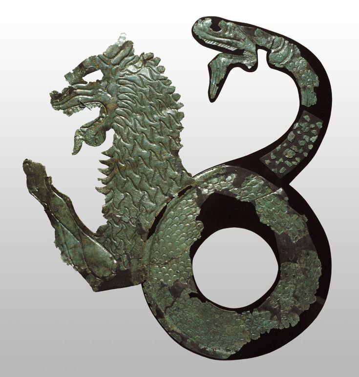 """Shield emblem with chimera, second half of the sixth century A.C., Melfi (Potenza), Museo Archeologico Nazionale del Melfese """"Massimo Pallottino"""" © Archivio fotografico SBAB"""