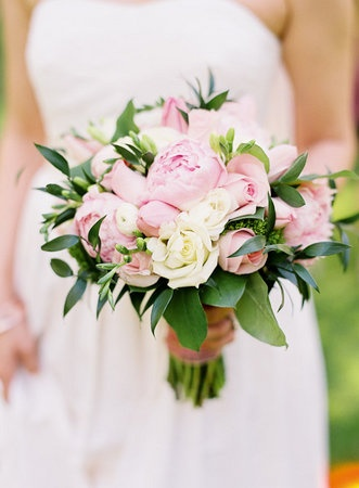 Peonies and Roses Bouquet - LOVE this but would do with my colours
