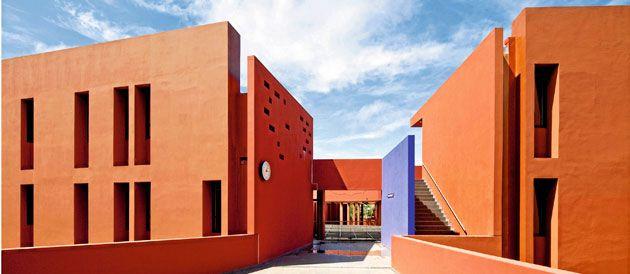 Le lycée français Jean Mermoz à Dakar © DR