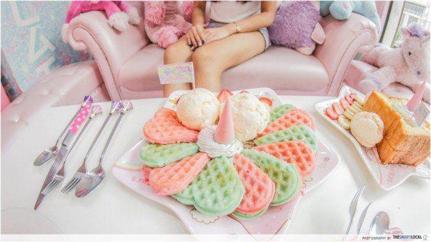 waffle strawberry and cream unicorn cafe