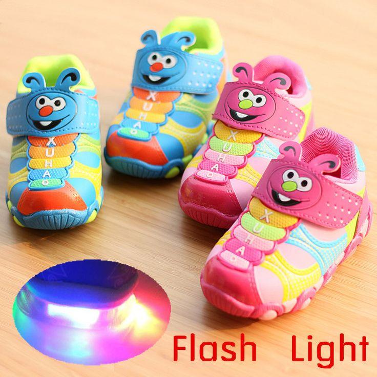 Crianças de flash de luz LED Tamanho 21-25 menino crianças meninas Sports sapatos correndo tênis bonito dos desenhos animados sapatos criança sapatilha ocasional 11.99