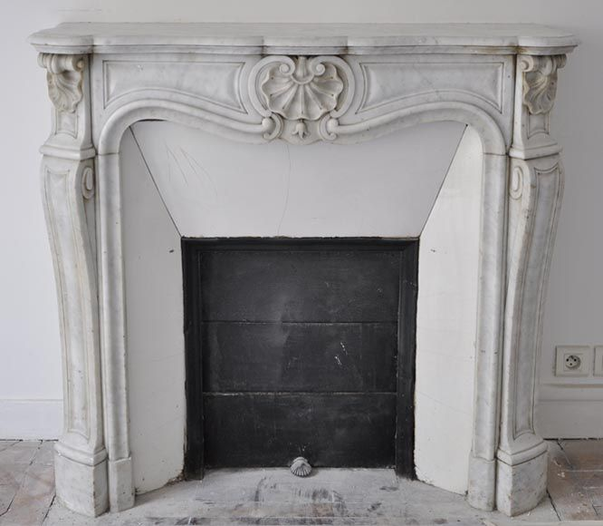 Small antique Louis XV style three shells fireplace in white Carrara marble