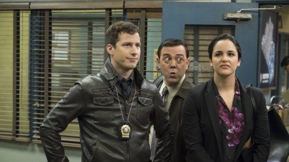BROOKLYN NINE-NINE : Renouvelée pour une saison 5 par la FOX