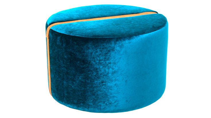 Turkos, blå, Baggen pall i sammet, rund, fotpall, puff, skinn, möbel, inredning, möbler, detalj, vardagsrum, hall, sovrum.
