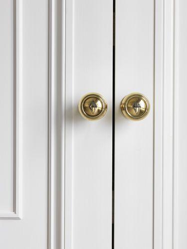 East 79th Street | Elizabeth Bauer Design, monogram engraved door handles||Chrissy Kapp Home Sweet Home NY