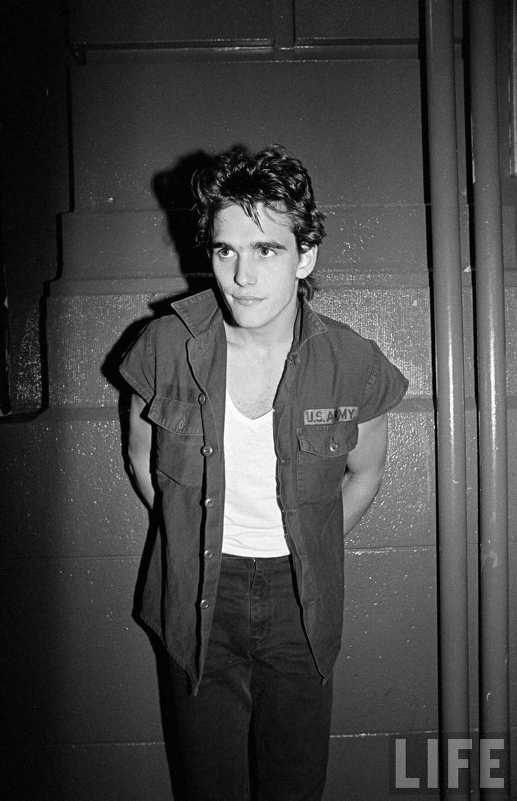 Matt Dillon// I think all the guys should start being greaser again. Cant we all travel back to the 60s and 80s? please.