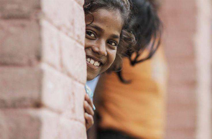 Tuellamme heikoimmassa asemassa olevat lapset saavat parempaa koulutusta, terveydenhuoltoa ja suojelua. © UNICEF/INDA2012-00332/Singh