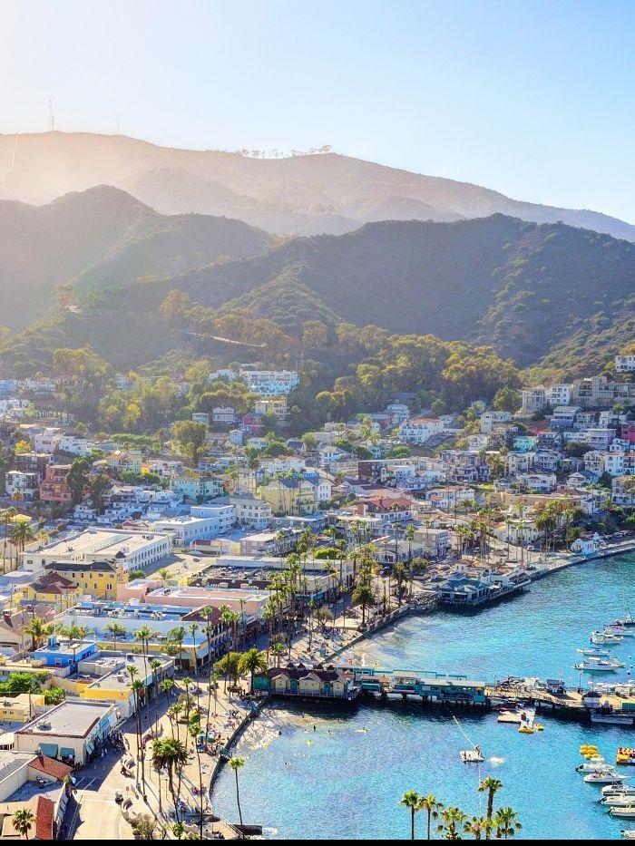 The 6 Best Memorial Day Getaways That Require Zero Time Off Cheap Weekend Getaways Great Vacation Spots Weekend Getaways