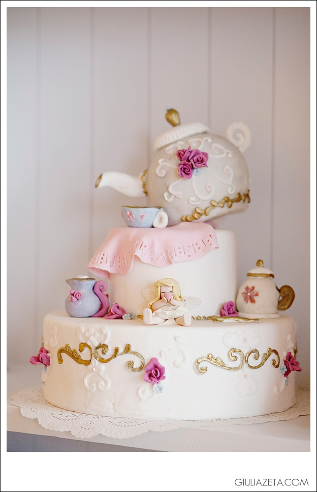 Teapot Wedding Cake by Drops TRIESTE - ITALY