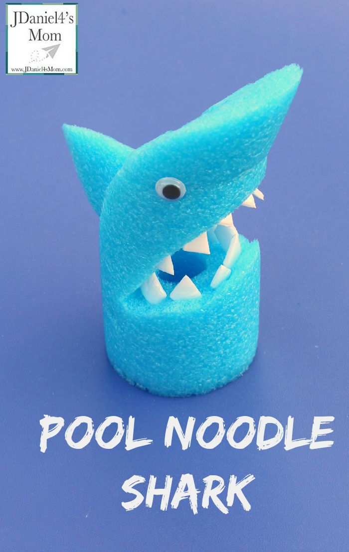 Arts and Craft for Kids: Pool Noodle Shark This fun shark would be fun to make for an ocean unit or Shark Week.  Children could also use it as a puppet.