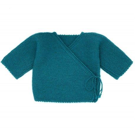 brassière de naissance bleu canard tricotée à la main par nos mamies françaises en laine mérinos : brassière en laine cache-coeur pour une tenue chaude et chic.