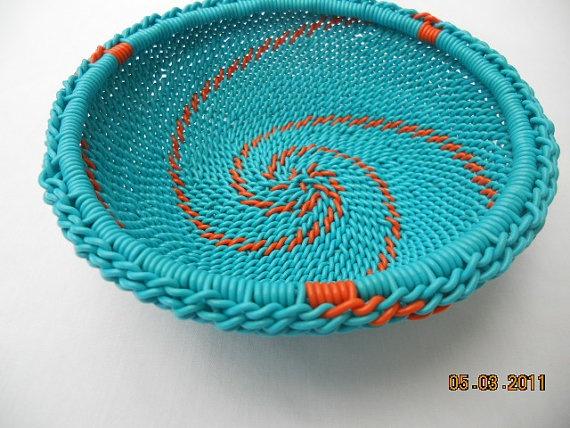 African Zulu Wire Basket by AppleCreekCrafts