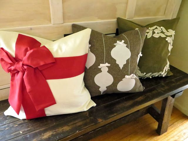 The Project Lady: Tutorial for Making Christmas Pillow Covers & 371 best pillow projects images on Pinterest | Cushions Sewing ... pillowsntoast.com