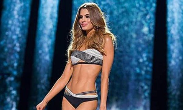 Miss Universe 2015 Update: Officials Worried Miss Colombia May Have Nervous Breakdown - http://www.morningledger.com/miss-universe-2015-update-officials-worried-miss-colombia-may-have-nervous-breakdown/1353649/