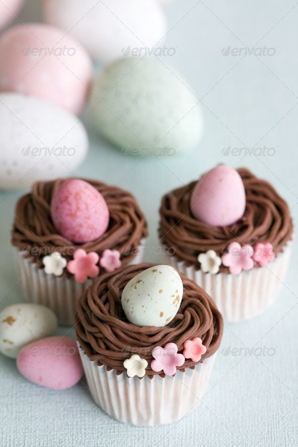 Easter eggs cupcakes. Ideas for Easter party cupcake decoration. Illustration / stock photo for blog.