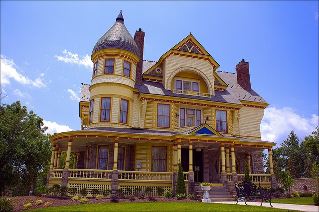 The queen anne mansion eureka springs ar victorian for Queen anne house plans historic