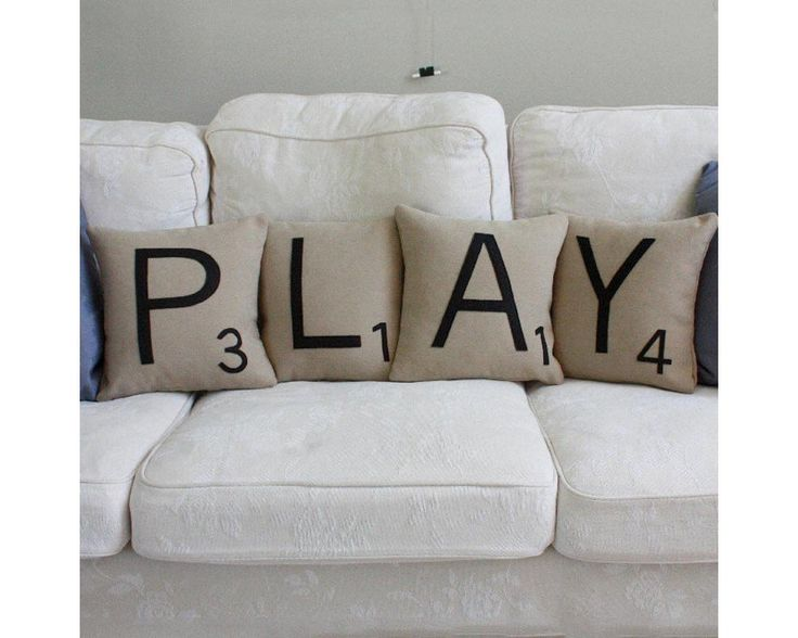 Play, σετ 4 διακοσμητικά μαξιλάρια,9,90 €,http://www.stickit.gr/index.php?id_product=17816&controller=product