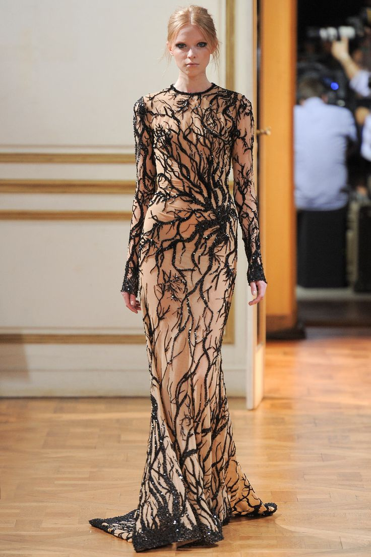 Couture Zuhair Murad  tiger and trainers Zuhair Collection  Murad Couture   Fall Fashion Show Couture