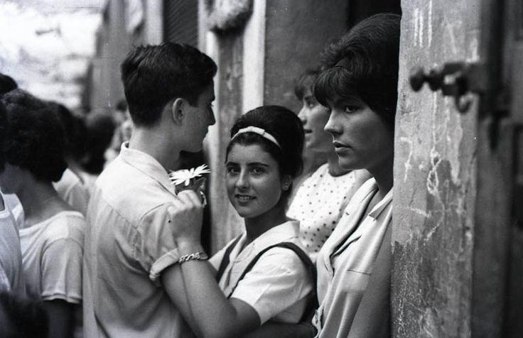 Xavier Miserachs 'Festes de Gràcia, Barcelona', 1964