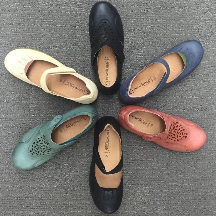 Lovely styles by New Dress! A great alternative for those who can't or don't like wearing sandals during summer. Available in store now at #gilmourscomfortshoes!   http://gilmours.com.au/  #summer #shoes #comfort #orthotics #colour #adelaide #melbourne #brisbane #syndey #australia #comfortable #orthotic #soft #leather