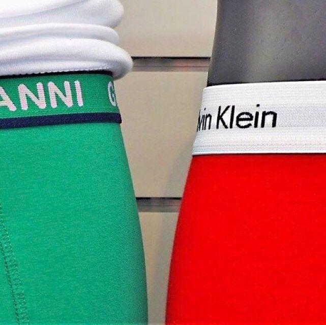 Voor heren hebben wij mooie strakke boxershorts van verschillende merken in verschillende modellen en kleuren.   #pepaondermode #heren #herenondergoed #herenboxershort #boxershort #giovanni #giovanniunderwear #calvinklein #men #menunderwear #menfashion #underwear #boxerbrief #green #red #colours #differentbrands #differentmodels #differentcolours