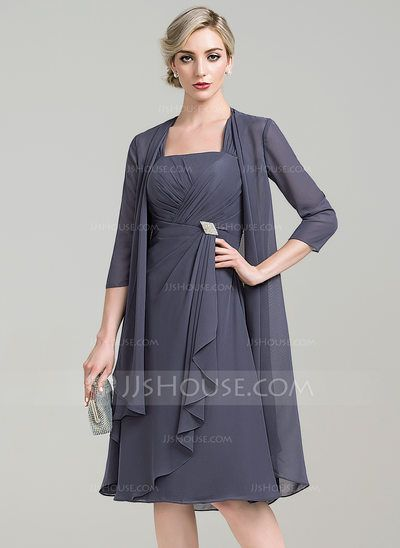 A-Line/Princess Square Neckline Knee-Length Chiffon Mother of the Bride Dress With Crystal Brooch Cascading Ruffles (008085309)