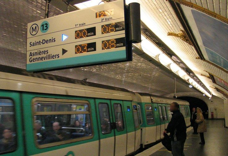 bastille paris metro station